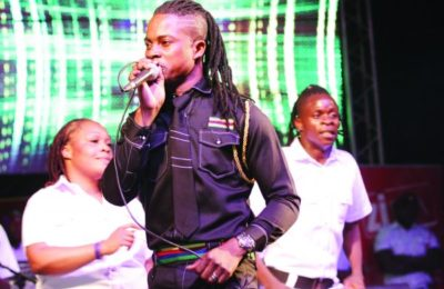 Andy Muridzo Attacked By Angry Fans