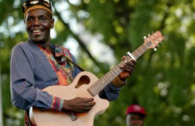 Tuku Features On SA's Freshlyground's Album