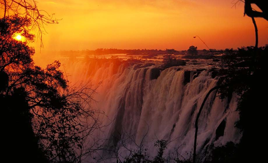 Biggest waterfall in zimbabwe best waterfall 2017 waterfalls in mississippi victoria publicscrutiny Images