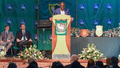 Zororo Makamba Returns to his Old School