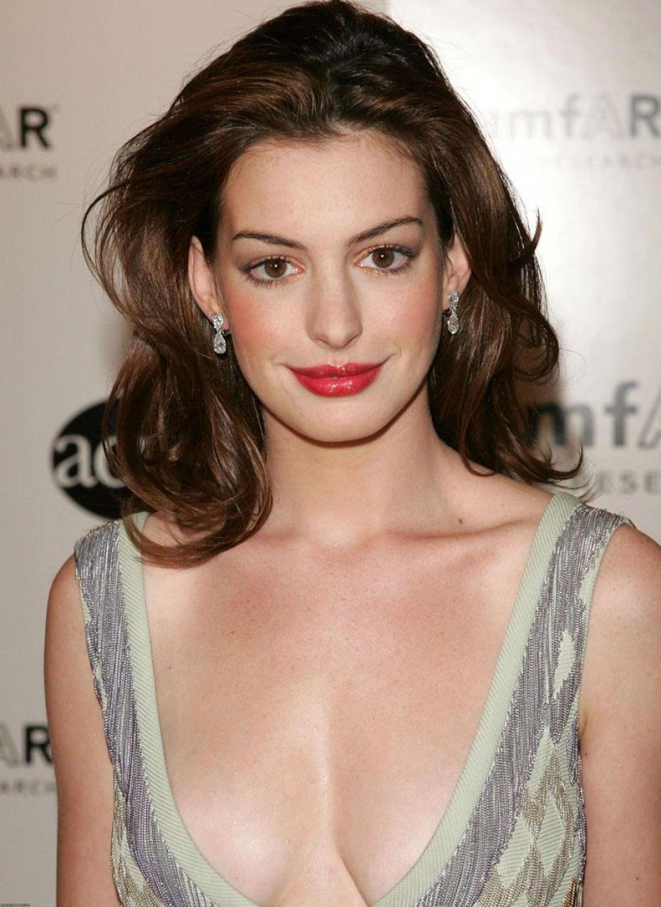 Anne Hathaway When She Was Young Anne hathaway when she was - anne-hathaway-16