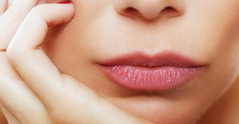 7 Remedies for Chapped, Dry Lips