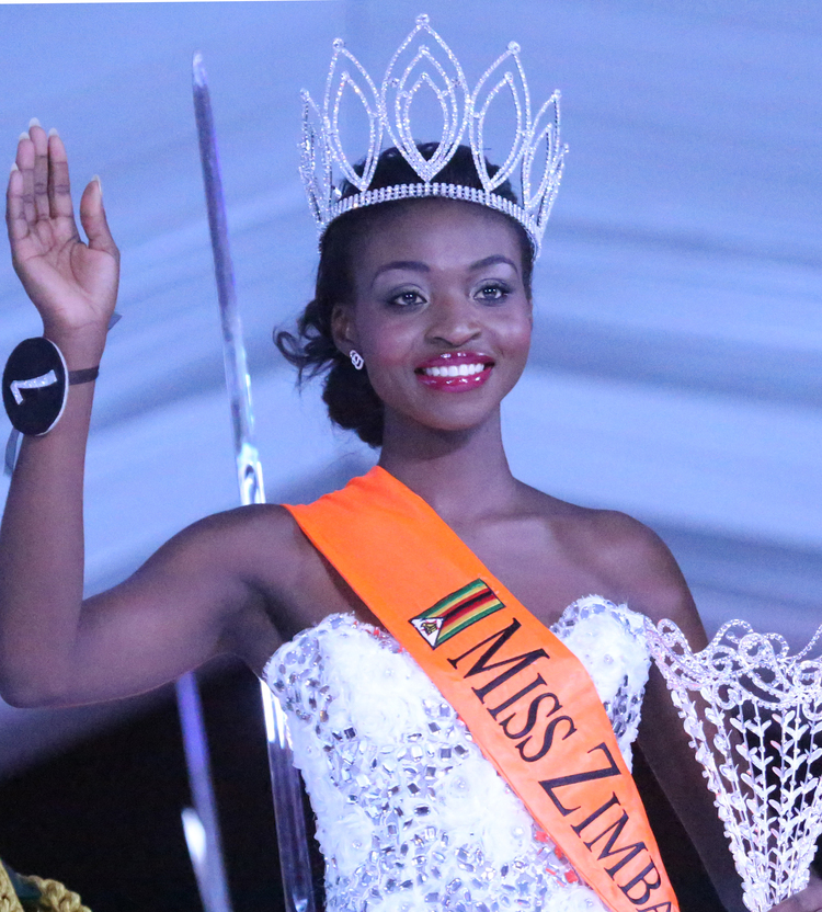 Breaking-- Miss Zimbabwe 2015 Has Been Dethroned Over Nu