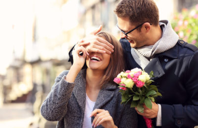 10 Signs Of That Someone Is Love Bombing You