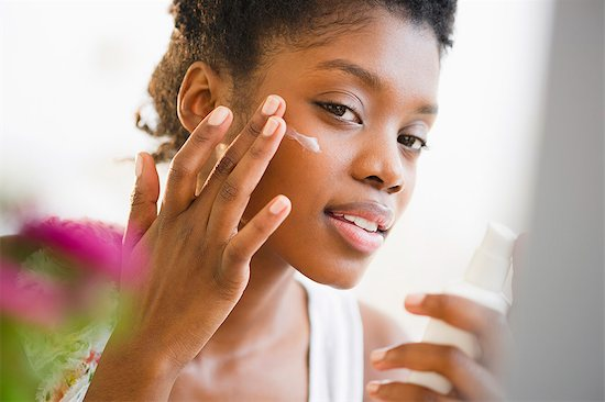 7 Winter Tips to Keep Your Skin Healthy
