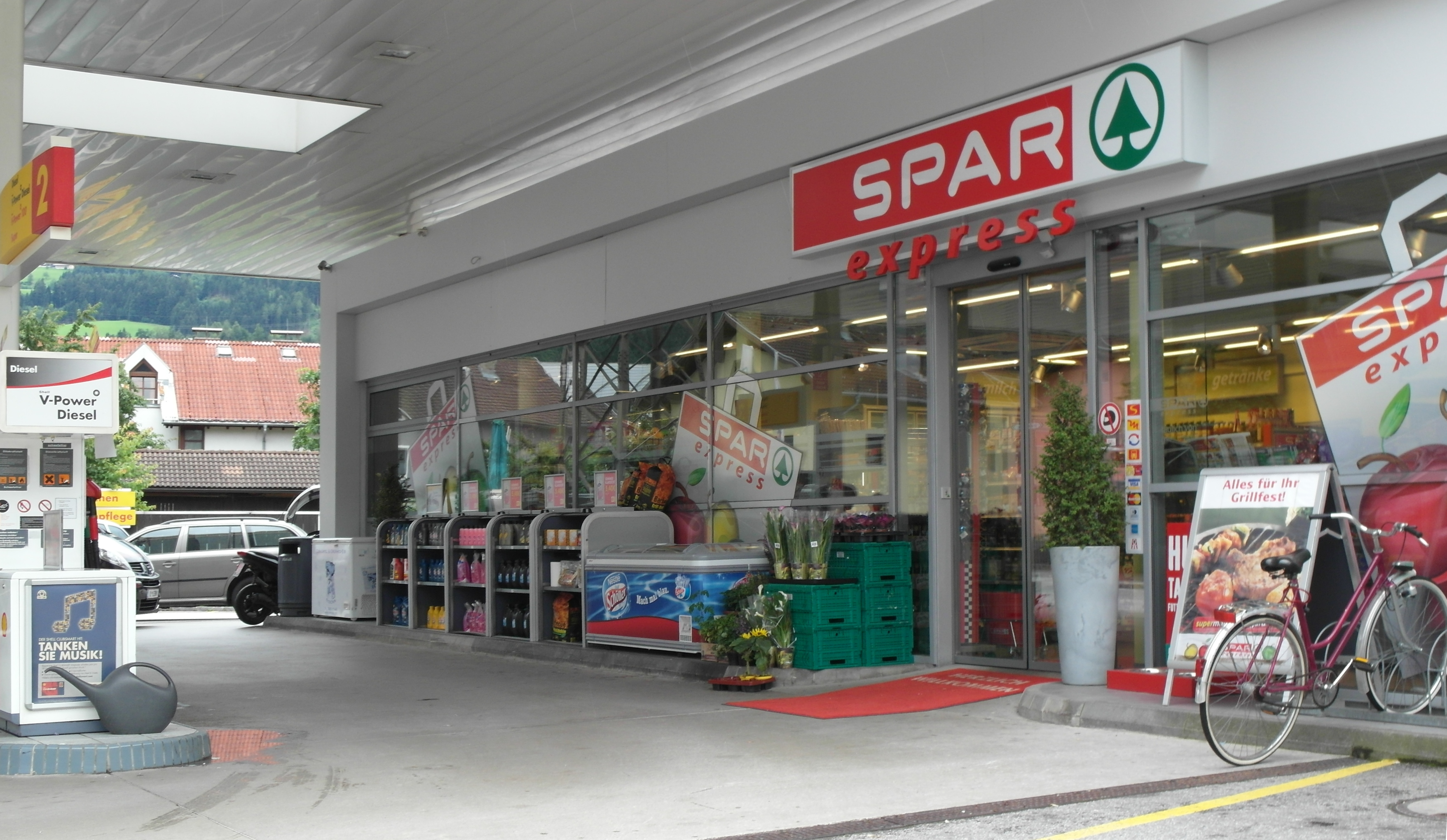 ICYMI: South African Retail Spar Closes Its Distribution Centers In Zimbabwe