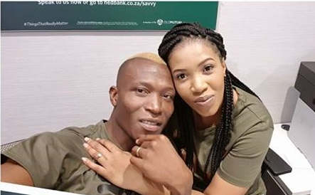 Zim Footballer Tendai Ndoro Proposes To His Girlfriend