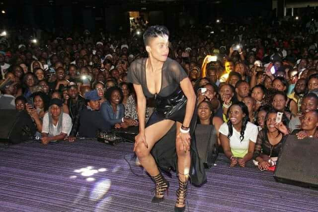 Bev Gets Cold Shoulder From Koffi Olomide Dancers