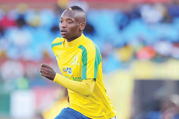 Sundowns Contemplating Getting Rid Of Khama Billiat Over Indiscipline